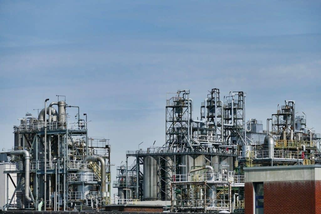 ESTABLISHING A BARRIER FOR INTERVENTION WORK, BP'S SHARJAH ASSET, UAE
